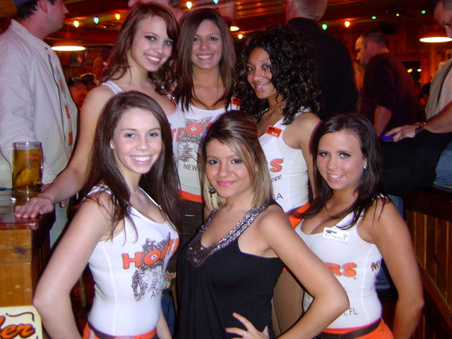 Interstate Poker Club Location Profile Hooters 1